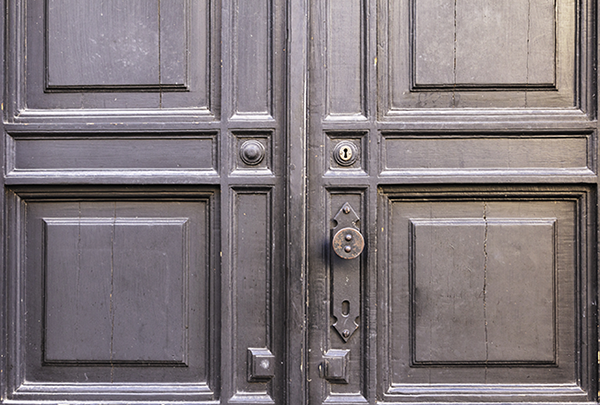common door problems
